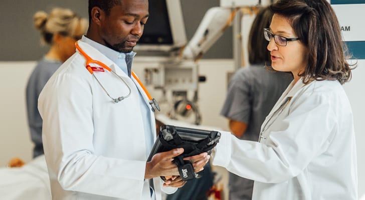 doctors consult iPad